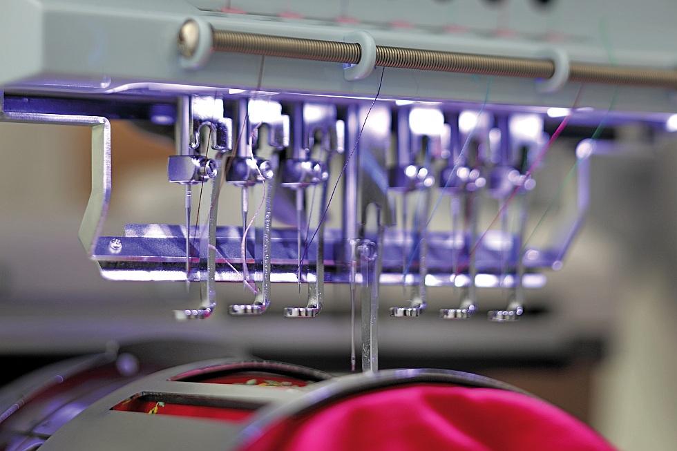 Maszyna do wyszywania loga HAPPY HCH 701P 30