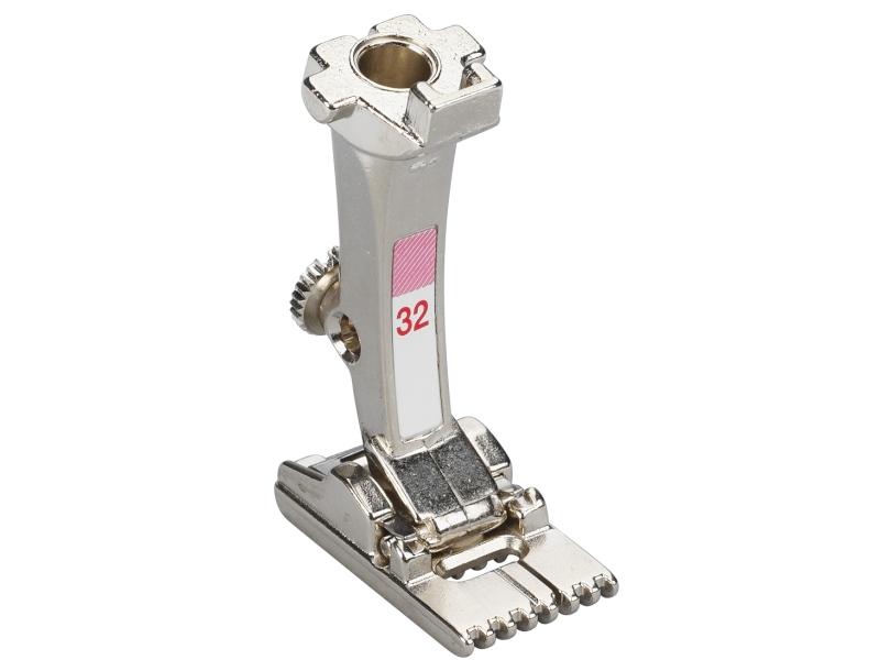 Stopka trzepieniowa do maszyn do szycia BERNINA Professional - #32 do bizowania pipingu zakładek, 7-otworów