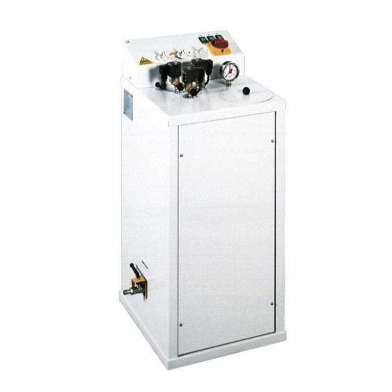 COMEL FB-F 7L 6KW 3EL - Wytwornica pary 7L do trzech żelazek z automatyczną pompą