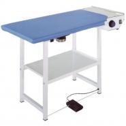 COMEL FUTURA RA - Prostokątny stół do prasowania bez wytwornicy z odsysaniem i podgrzewaniem